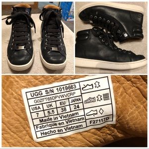 UGG Olive lace up hi top sneaker size 7